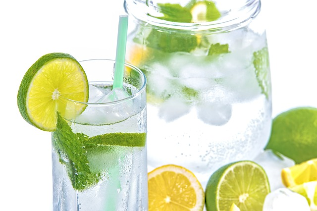 Large pitcher of water for weight loss
